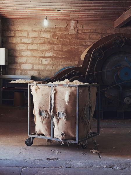 Nick Ballon_BOWLER_Tired-old-wool-cart_PORT