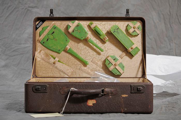 Frieda's-suitcase,-copyright-Jon-Crispin