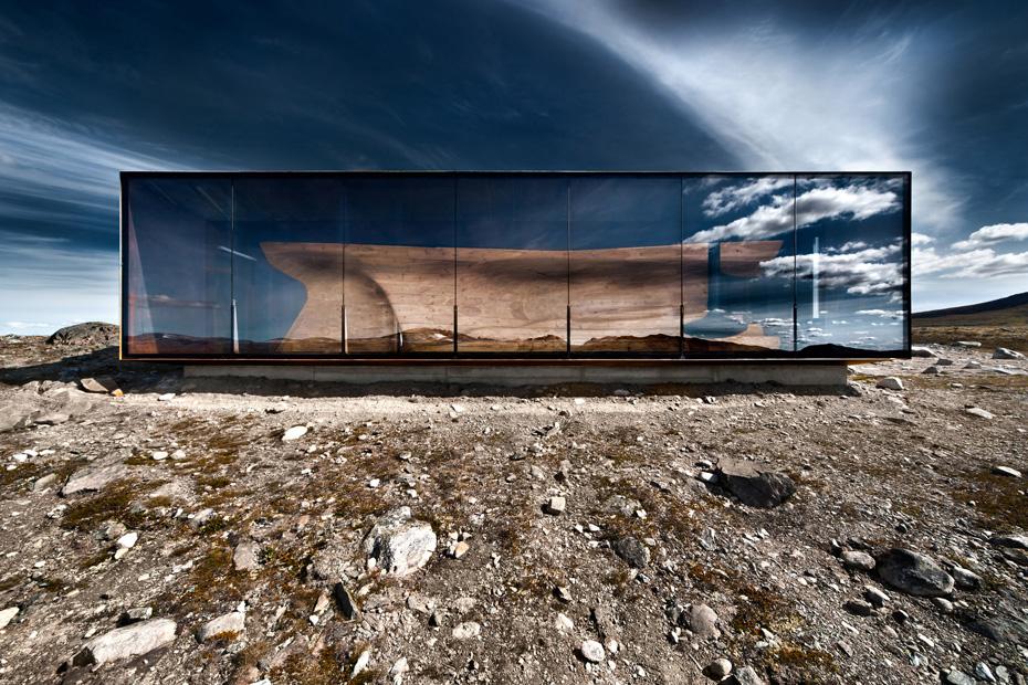 Reindeer Pavilion / Category: Exterior / Image © Ken Schluchtmann via Arcaid Images