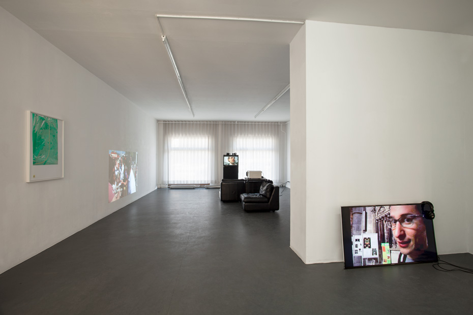 Installation view. Courtesy of the artists & Galerie Kamm, Berlin. Photography Andrea Rossetti