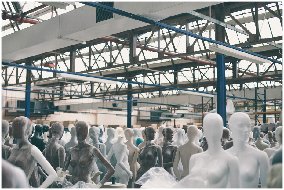 Mannequins-in-factory