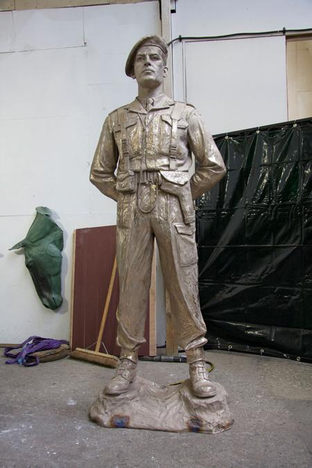 Bronze Lord Lovat statue by Ian Rank-Broadley