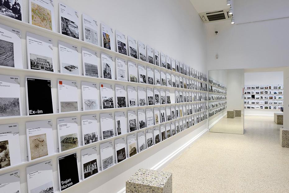 <em>Office US.</em> Photography Andrea Avezzù courtesy of La Biennale