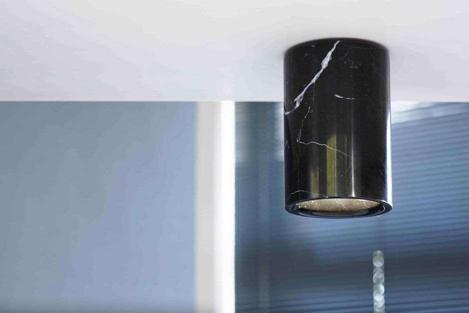 HR-Downlight-Cylinder-Nero-Marquina-On