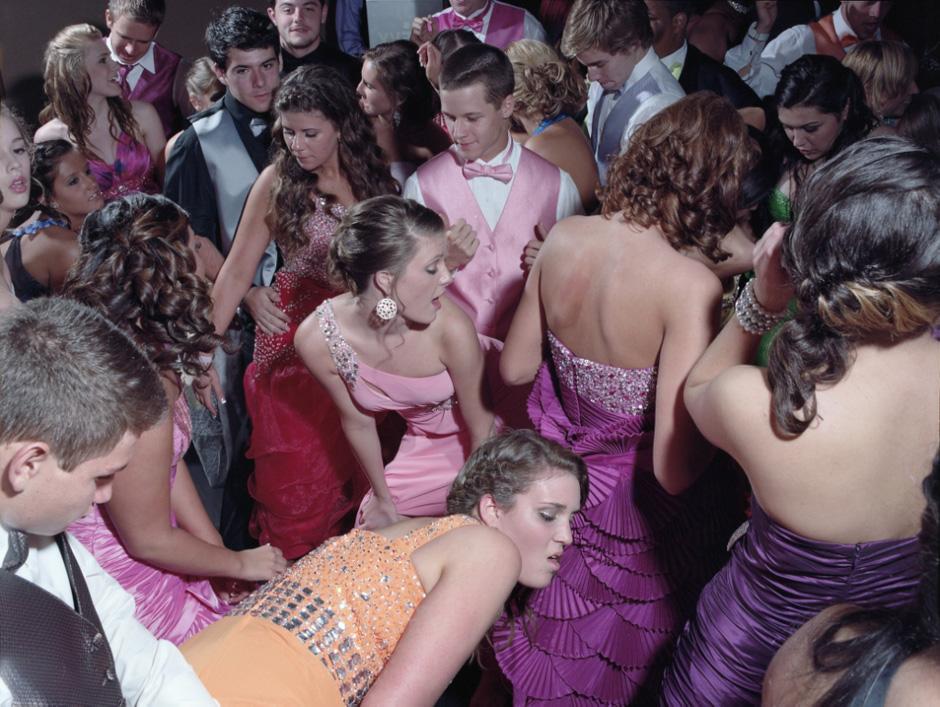 Woodland-Hills-High-School-Prom-no