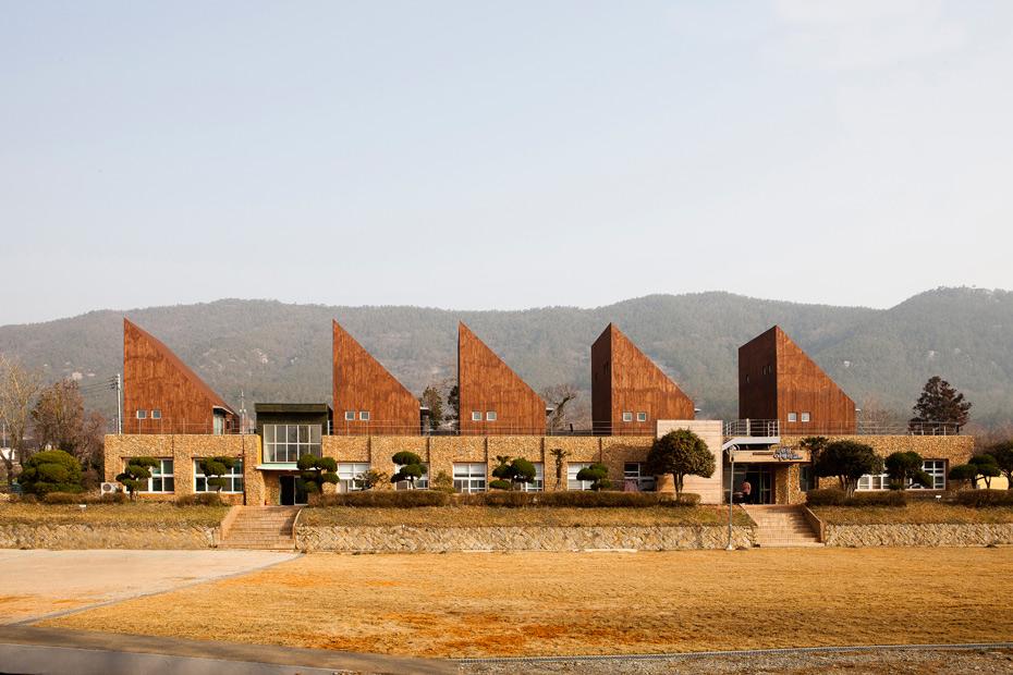 Modern Architecture Port Magazine