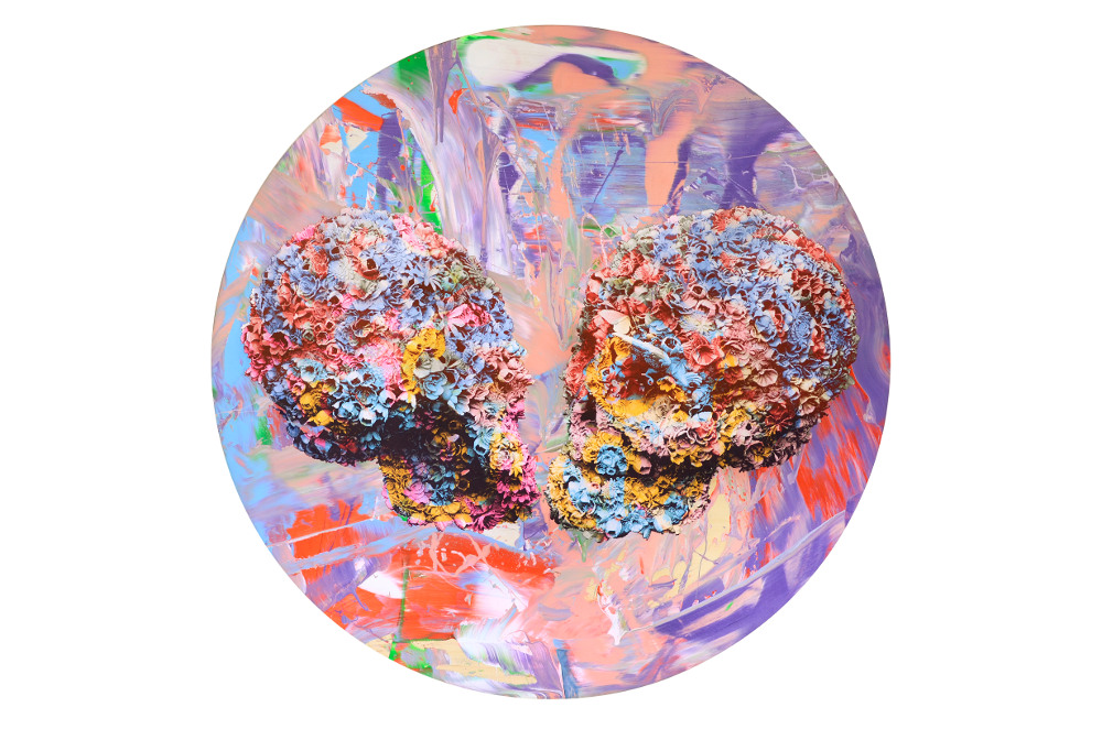Kissers by Jacky Tsai. Image courtesy of the artist and The Fine Art Society