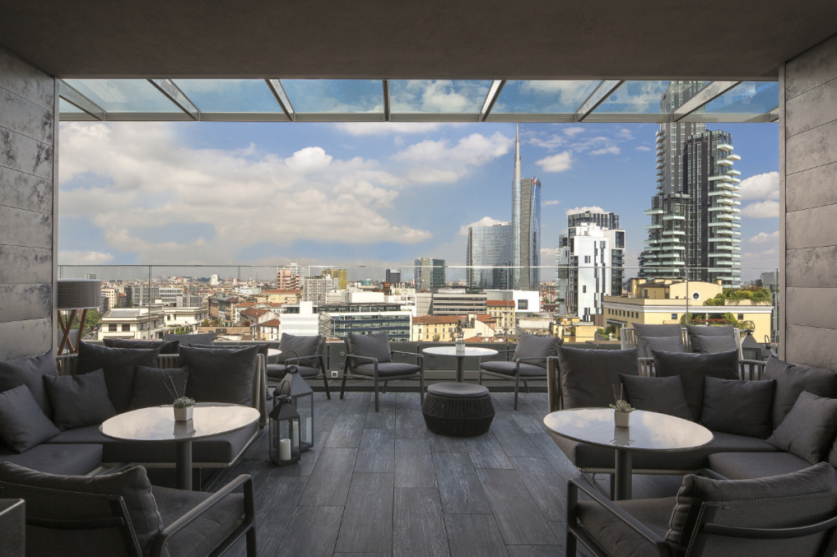 Radio Rooftop bar at Milan Il Duca offers panoramic views over the city