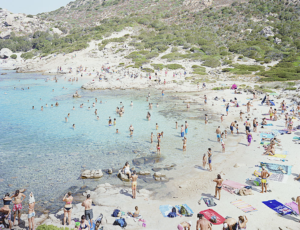 Massimo Vitali, Spargi Cala Corsara, 2013, chromogenic print, 188 x 231.1 cm, courtesy the artist and Ronchini Gallery