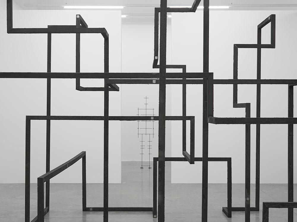 antony-gormley-fit-south-galleries-white-cube-bermondsey-london-30-september-6-november-2016-medium-res-6