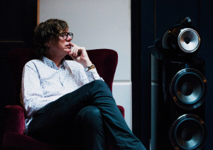 Thurston Moore speaking at a Bowers & Wilkins event in partnership with The House of St Barnabas, in the club's Listening Room. Photo – Ania Shrimpton