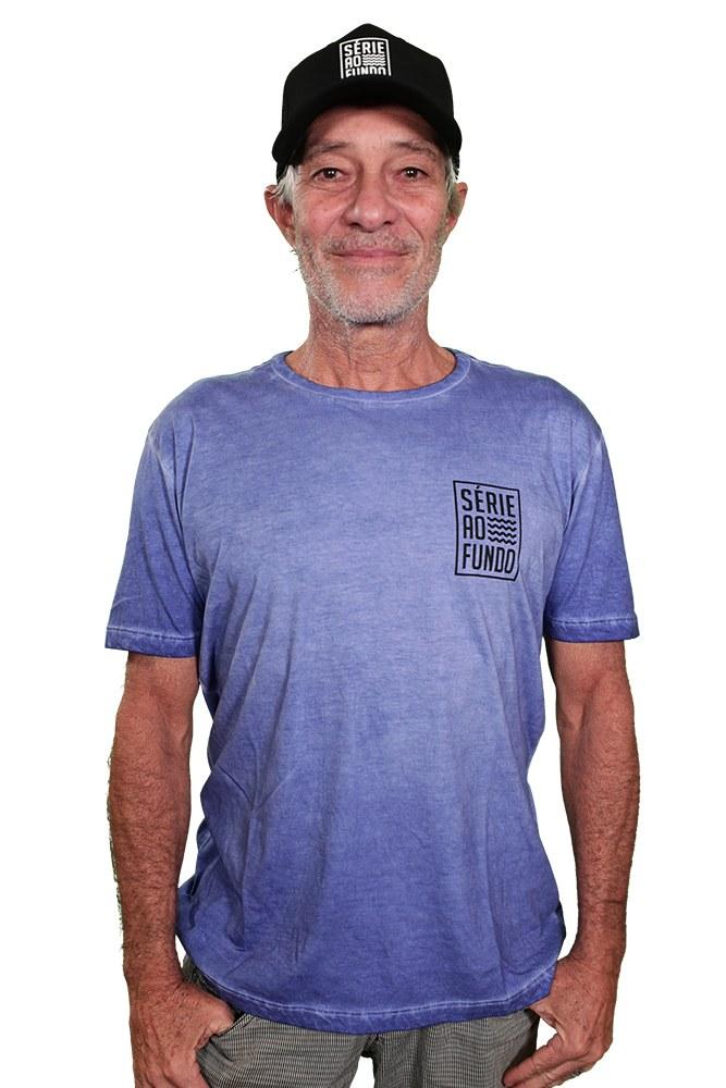 T-shirt Série Ao Fundo Blue Stoned