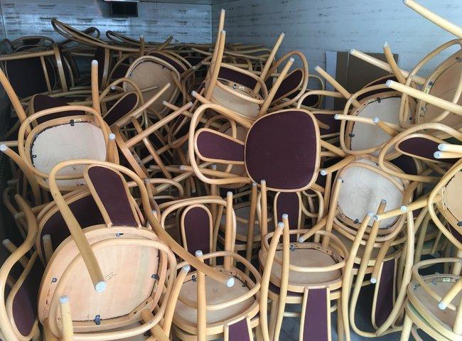 Stol Wien – huller om buller