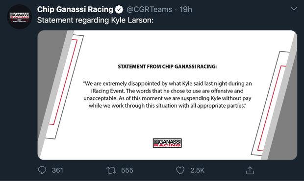 Hvězda NASCAR Larsson potrestán za rasismus při esportu. Dostal padáka