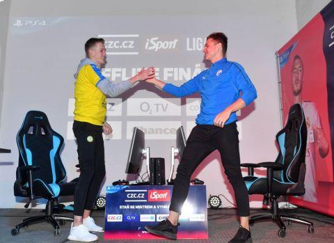 Plzeňský T9Laky porazil ve finále III. turnaje CZC.cz iSport LIGY teplického Serona •Foto: Michal Beránek / Sport