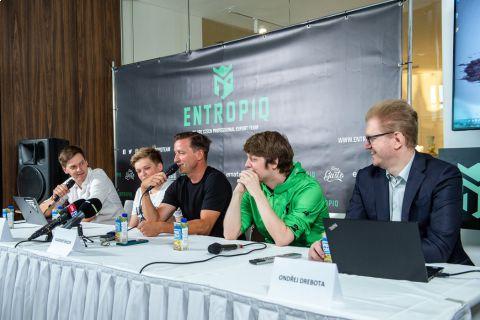 Vladimír Šmicer je nově součástí týmu Entropiq •Foto: Entropiq