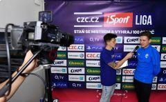 """Lukáš """"T9Laky"""" Pour ovládl i třetí offline finále CZC.cz iSport LIGY •Foto: Michal Beránek / Sport"""