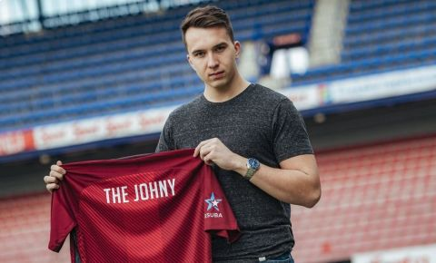 Jan Hradil, alias The Johny, je novou posilou FIFA týmu pražské Sparty •Foto: sparta.cz