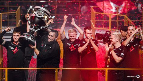 Astralis vyhráli tři poslední Majory v řadě •Foto: medium.com