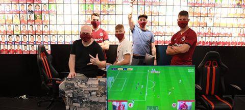 Sparta v derby porazila Slavii 6:2. Aspoň virtuálně •Foto: koláž iSport.cz