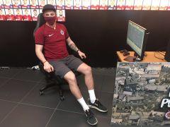 "Herec Jakub Štávek alias ""Lavi"" •Foto: twitter"