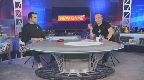 """Mikoláš Tuček (vpravo) při rozhovoru s hráčem esportového týmu Sparty Janem """"The Johnym"""" Hradilem v pořadu NEW GAME+ •Foto: Repro NEW GAME+"""