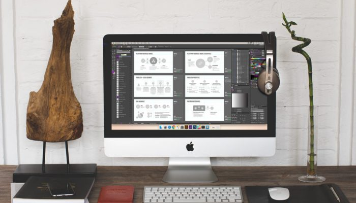 Imac Screen With Slide Mockups
