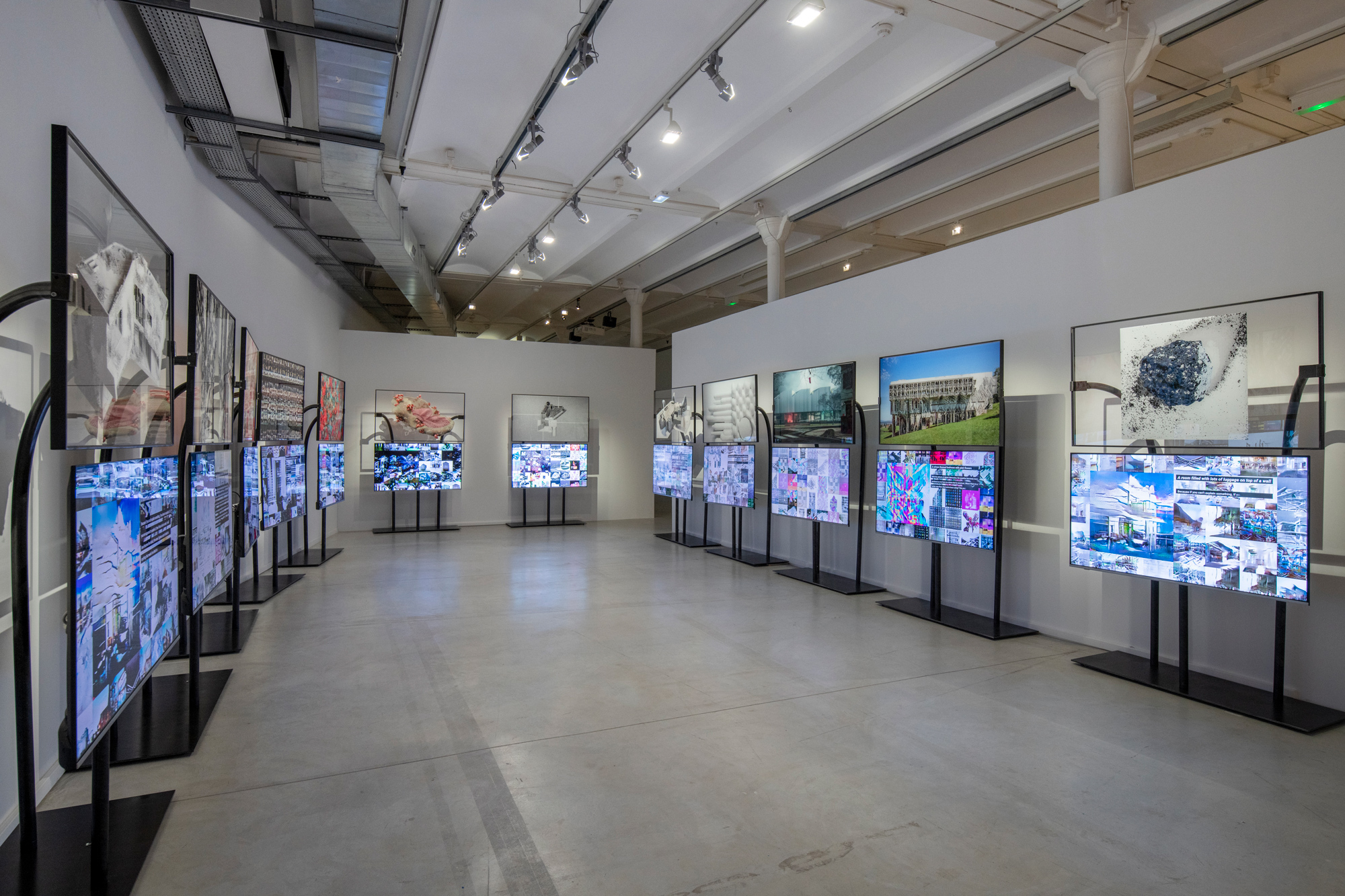 Addressing 'Solitude' in the Biennale d'Architecture d'Orléans at Frac Centre-Valde Loire