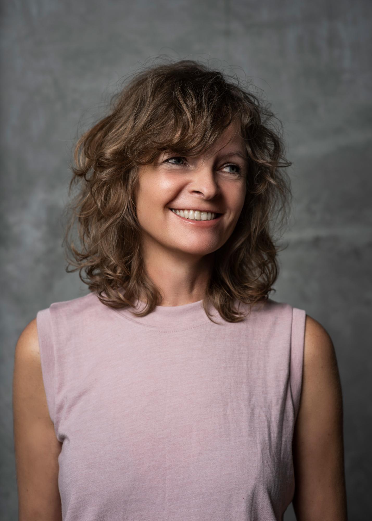 Karen Lohrmann headshot