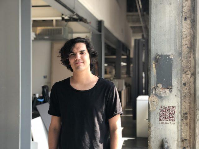 graduate student beca recipient Juan Villarreal