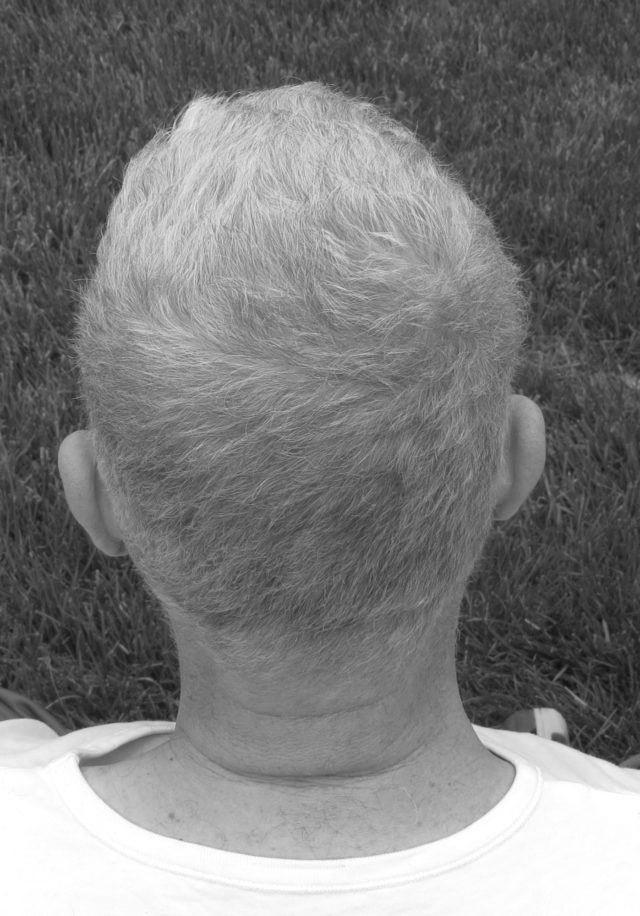 back of head shot in black and white