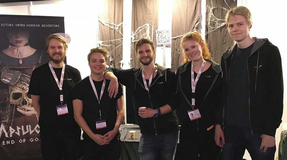 Angry Demon Studio släpper sitt andra spel. Från vänster: Victor Jonsson, William Otto Sahl, John Kalderon, Caroline Petri och Carl Pettersson.