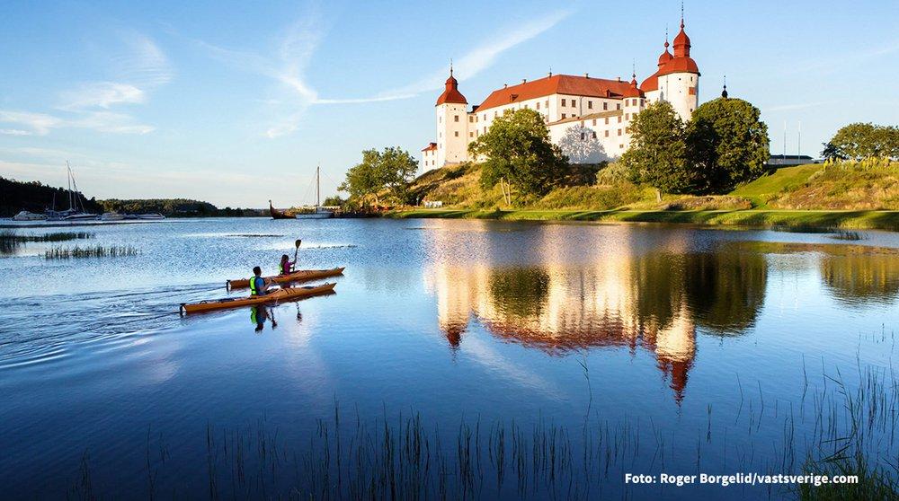 Läckö Sommar-SlottKajak- Photo Cred Roger Borgel_1200.jpg