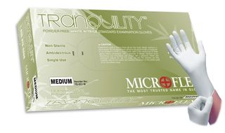 Tranquility® PF Nitrile Exam Medium