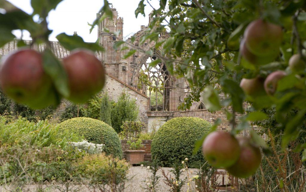 Priorwood Gardens