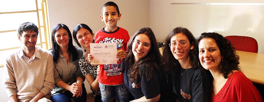 Foto da equipe da ONG Adus - Instituto De Reintegração Do Refugiado