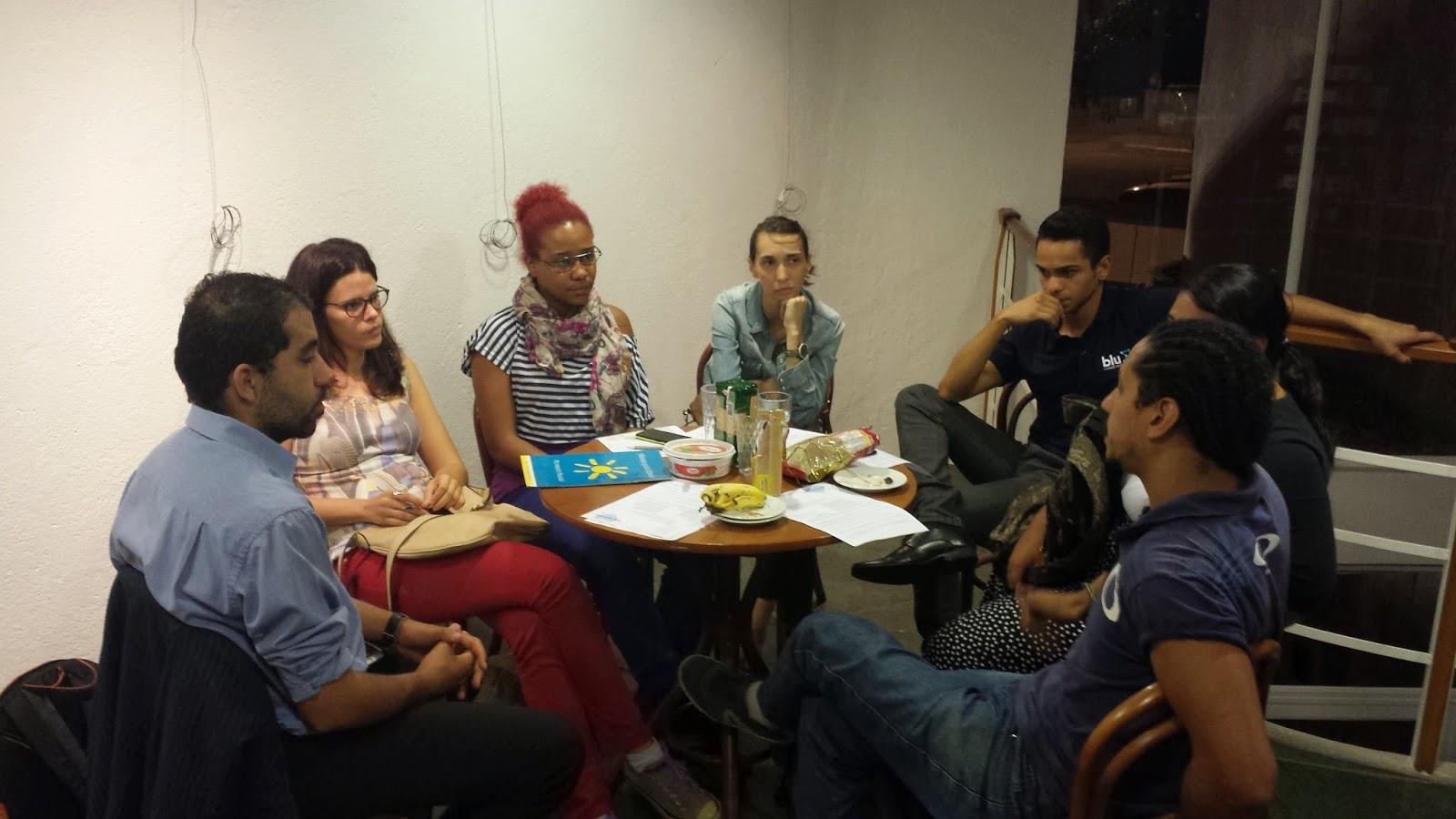 Foto da equipe da ONG Associação Aramitan