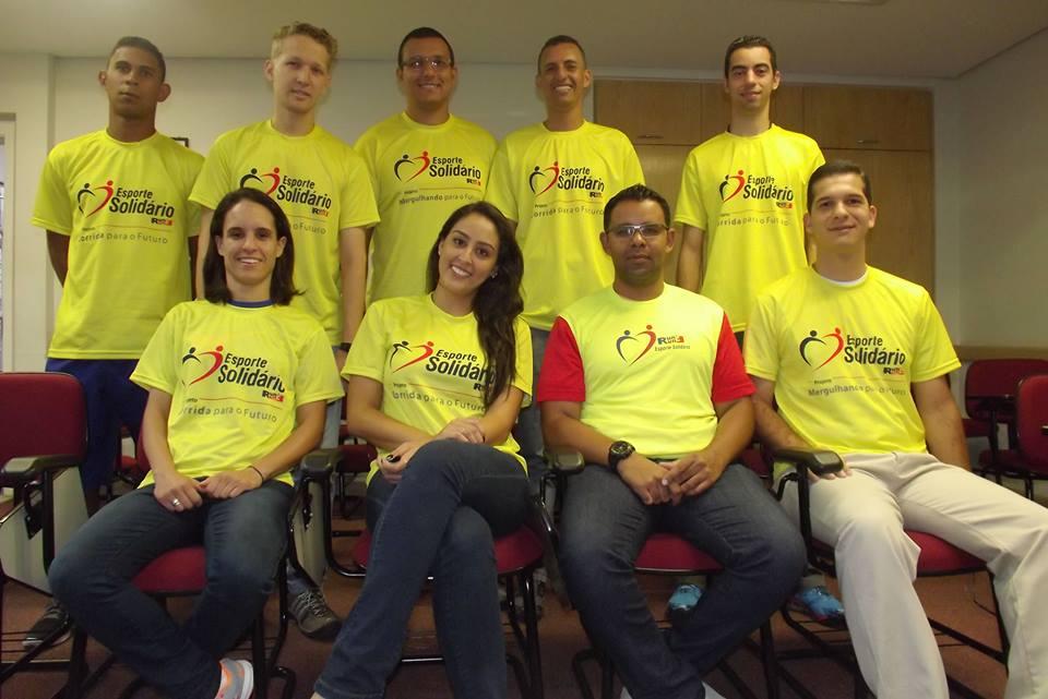 Foto da equipe da ONG Associação Esporte Solidário - AESFUN