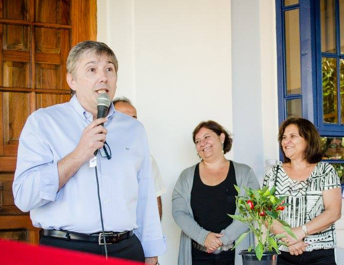 Foto da equipe da ONG Serviço de Saúde Dr. Cândido Ferreira