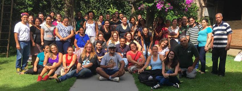Foto da equipe da ONG CPTI Centro Promocional Tia Ileide