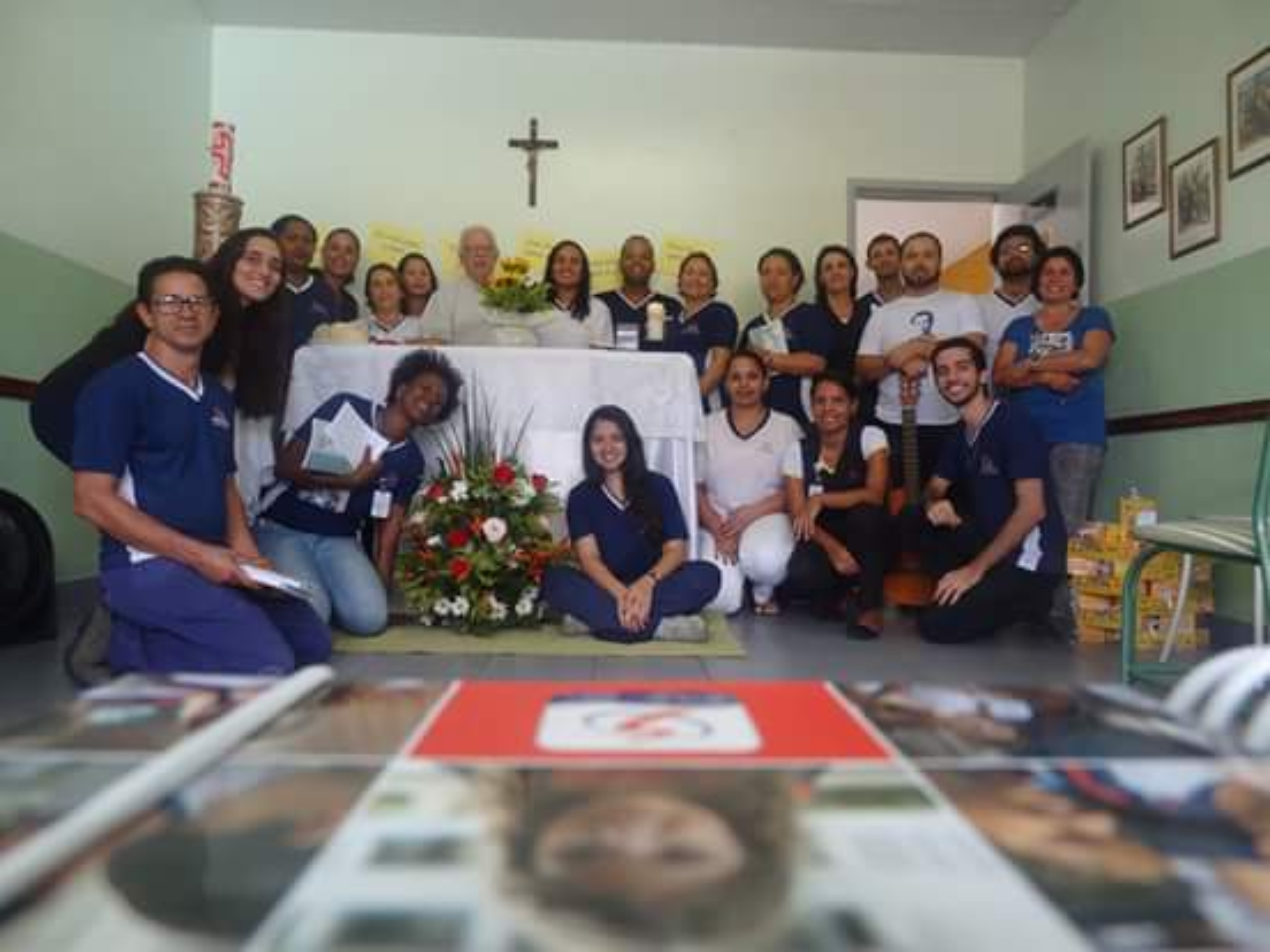 Foto da equipe da ONG Centro Juvenil Dom Bosco