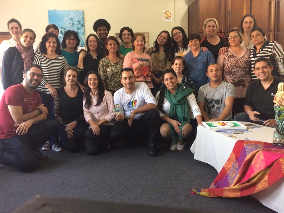 Foto da equipe da ONG Centro Medianeira