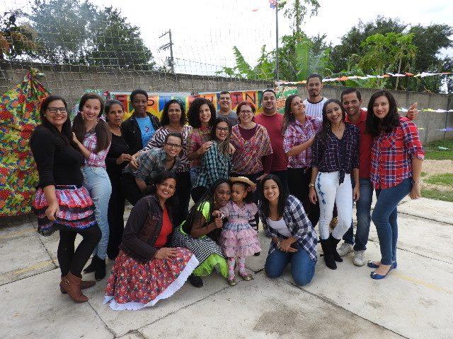 Foto da equipe da ONG ISJB - Centro Juvenil São Pedro