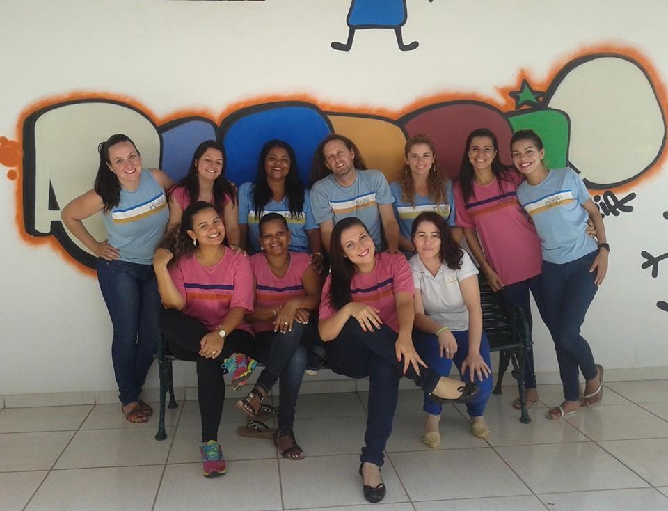 Foto da equipe da ONG creche alegria