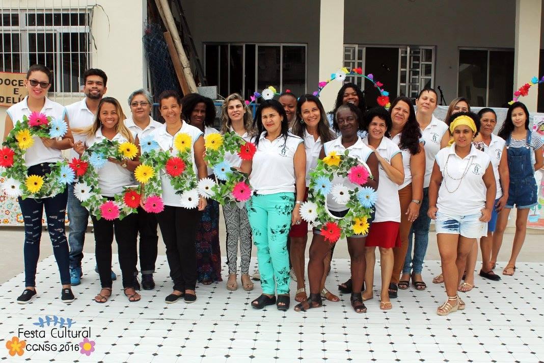 Foto da equipe da ONG centro com. nossa senhora das graças
