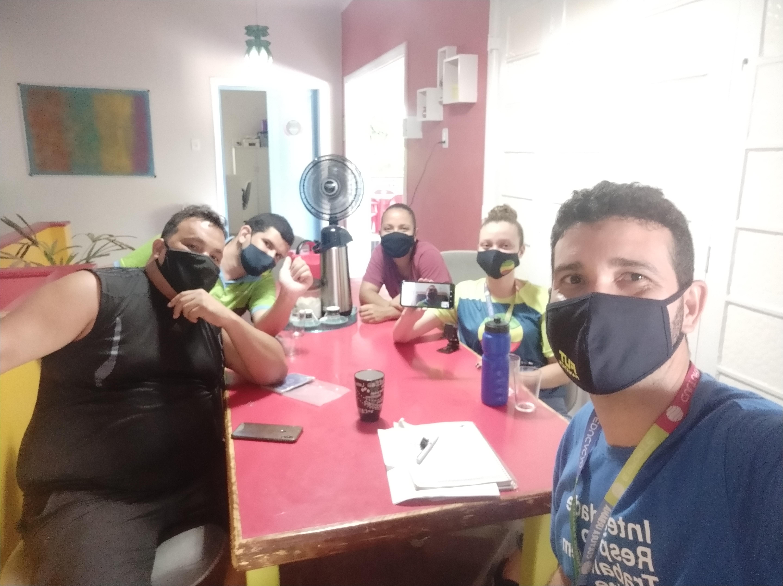 Foto da equipe da ONG Grupo Cultura Urbana