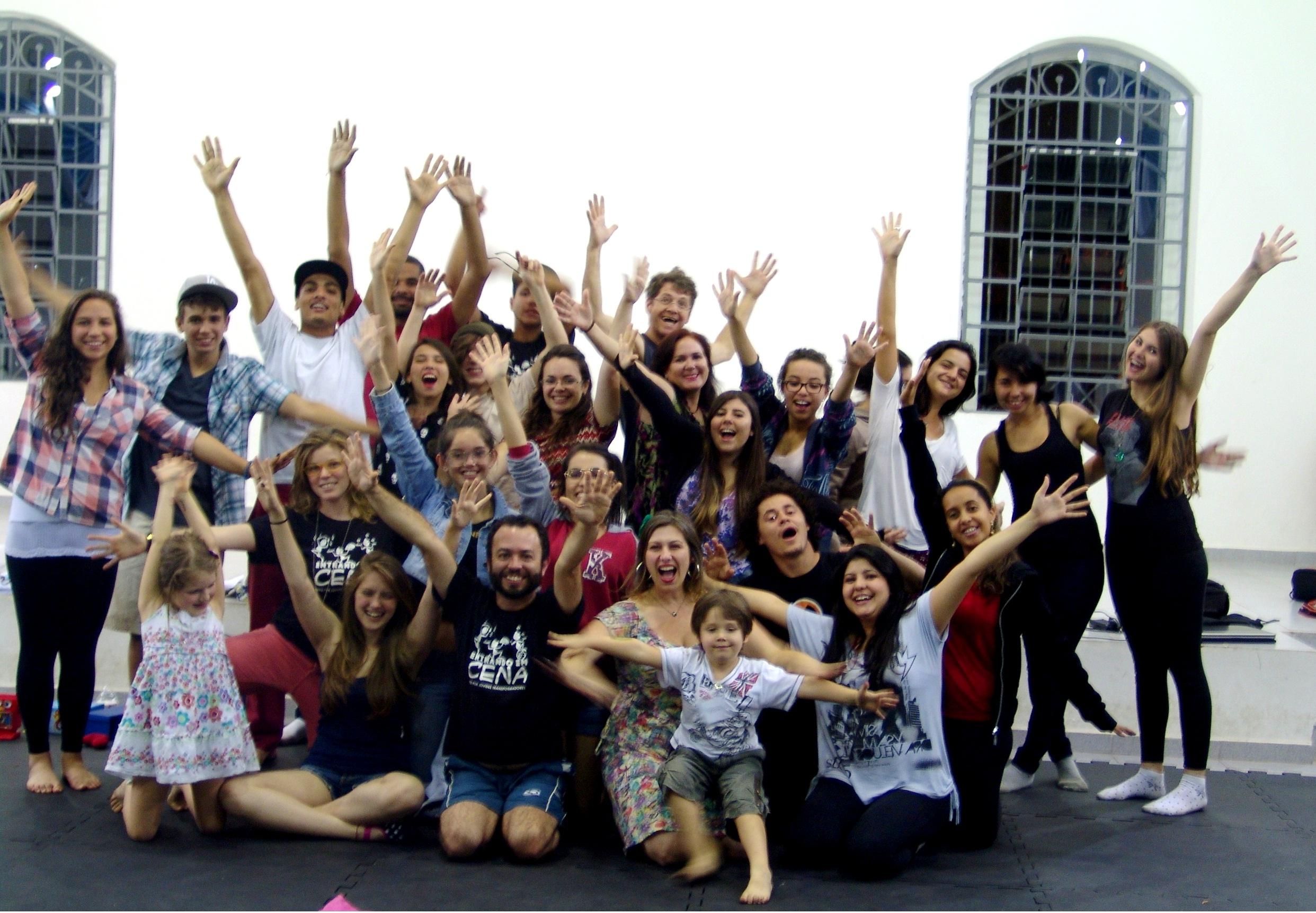 Foto da equipe da ONG Instituto Entrando Em Cena