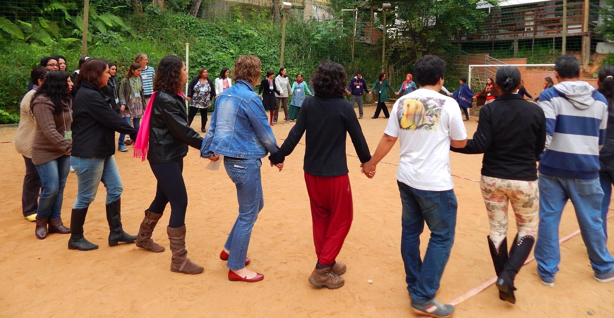 Foto da equipe da ONG Instituto Educacional Ouro Verde