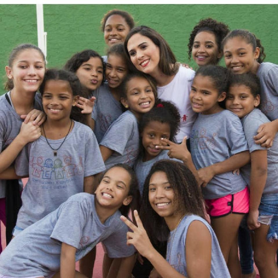 Fortalecemos a educação, arte e cultura de 200 crianças de 3 a 14 anos, de baixa renda, no Bairro de Campo Grande-Rio de Janeiro.