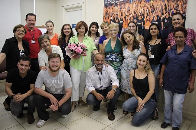 Foto da equipe da ONG ONG Parceiros Voluntários